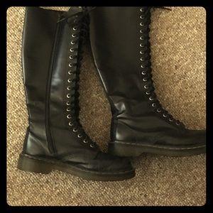 Dr Martens 20 hole boots